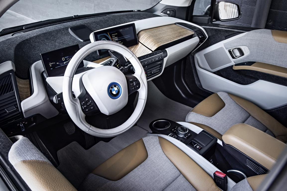 Fotos der Serienversion des BMW i3 inklusive Interieur - e-Stations Blog